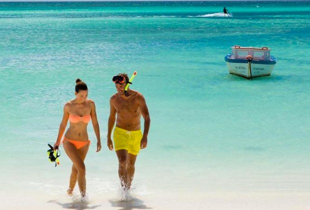 10 razones para ir a Aruba con tu pareja lo más pronto posible - aruba-snorkel-1024x694