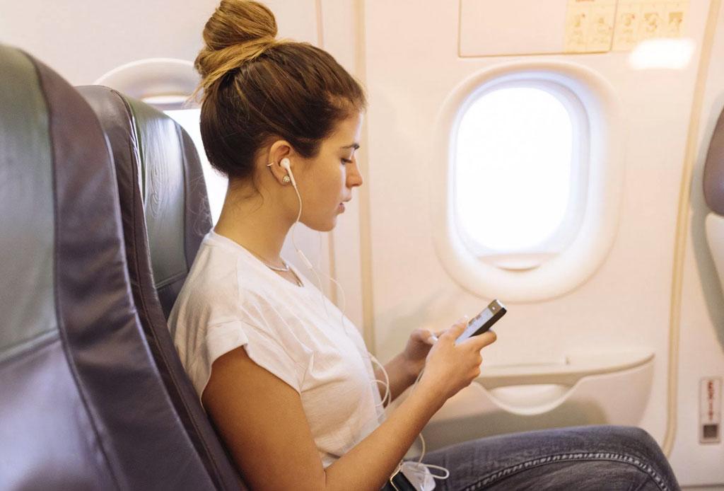 Toma con calma tu próximo vuelo,  con esta playlist para relajarte en el avión
