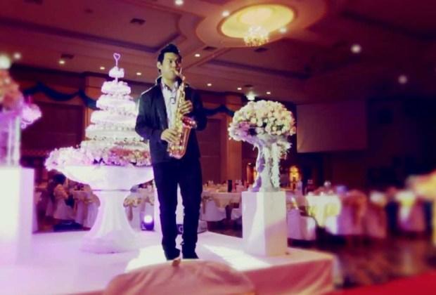 Lo que ya NO estará en tendencia para las bodas en 2017 - boda-musica-sax-1024x694