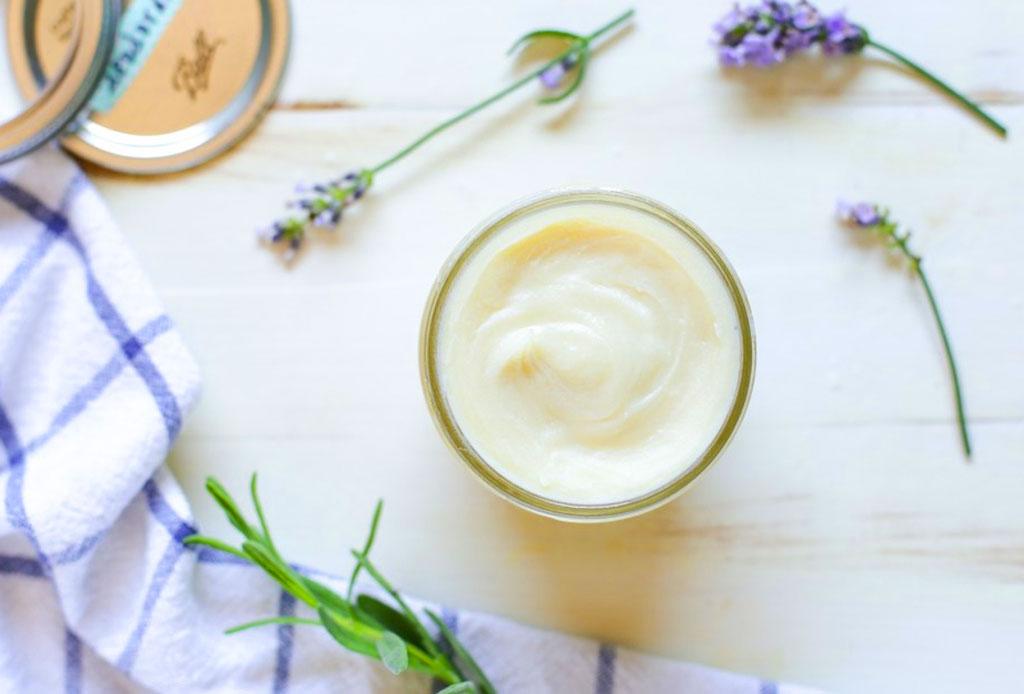 ¡Adiós antitranspirante! Prepara un desodorante natural con esta receta