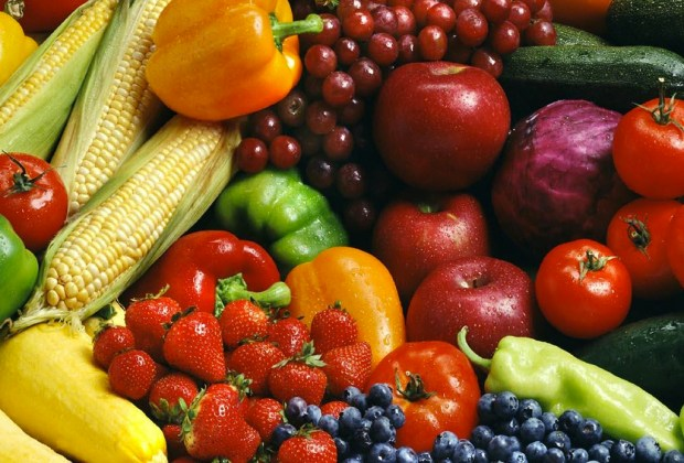 ¿Quieres empezar una vida más sana? Sigue estos tips - hortalizas-frutas-1024x694