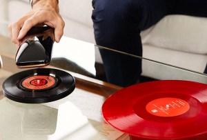 El primer tocadiscos inteligente para revivir esos discos de vinilo