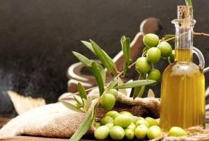 ¿Cómo usar el aceite de oliva en tu rutina de belleza?
