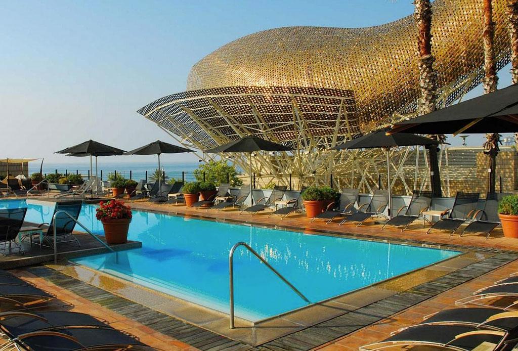 Los hoteles con las albercas más impresionantes del mundo - alberca-7