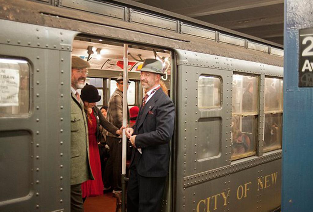 La línea secreta del metro de Nueva York con vagones antiguos