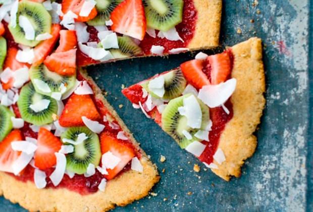 3 postres fáciles para preparar con tu hijo - pizza-1024x694