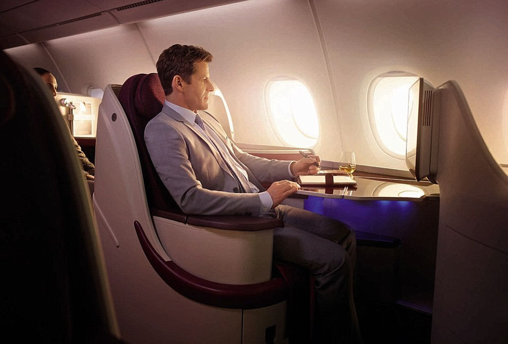 Qatar Airways te prestará MacBooks durante el vuelo