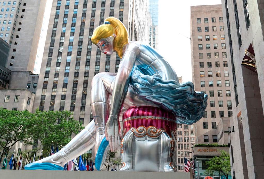 ¡Una bailarina gigante invade el Rockefeller Center!