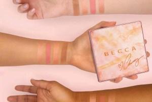 La nueva paleta illuminadora de Becca con Chrissy Teigen