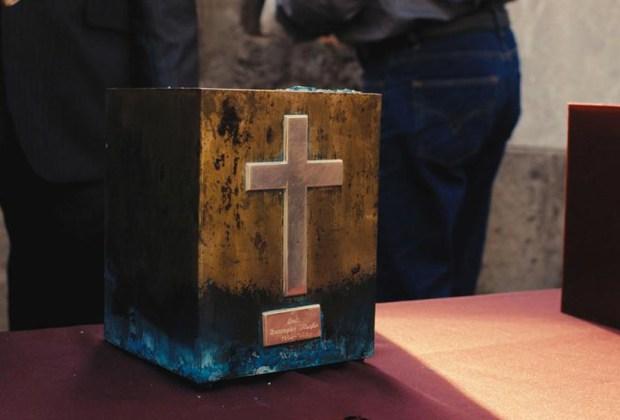 Exhiben anillo con cenizas de Luis Barragán en el MUAC - luis-barragan-cenizas-1024x694