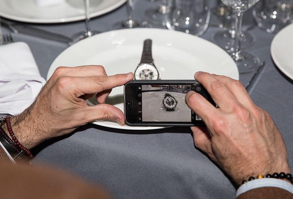 Fanáticos de los relojes: Oris une el mundo de la relojería con la gastronomía