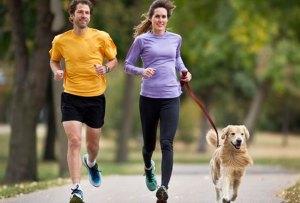 Necesitas saber esto antes de salir a correr con tu perro en temporada de calor