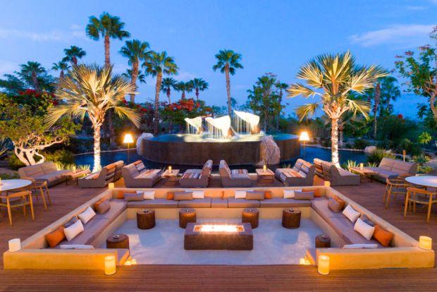 ¿De visita en Los Cabos? Estos con los hot spots foodies más cool - toro-1024x683