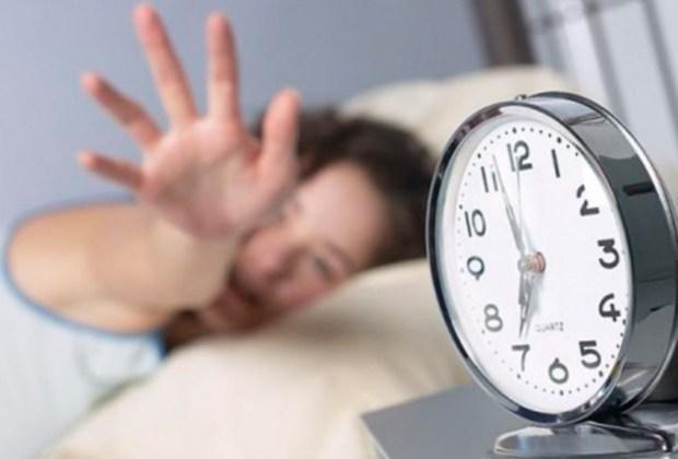 Lo que debes hacer durante el día para tener una excelente noche de sueño - despertar-1024x694