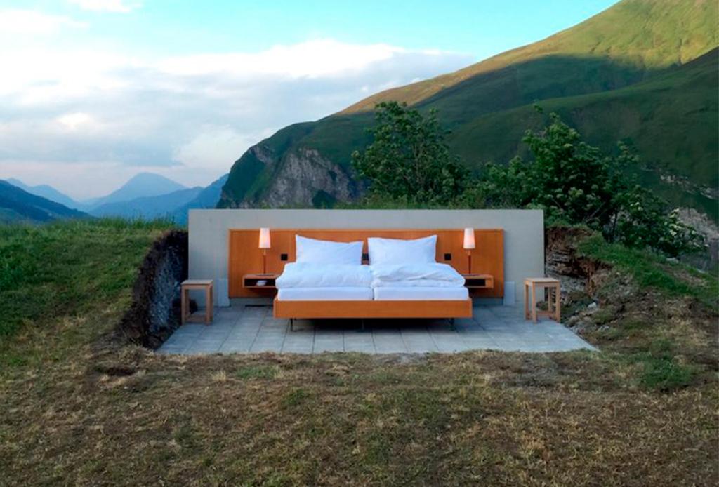 ¿Te atreverías a dormir en un hotel sin paredes?