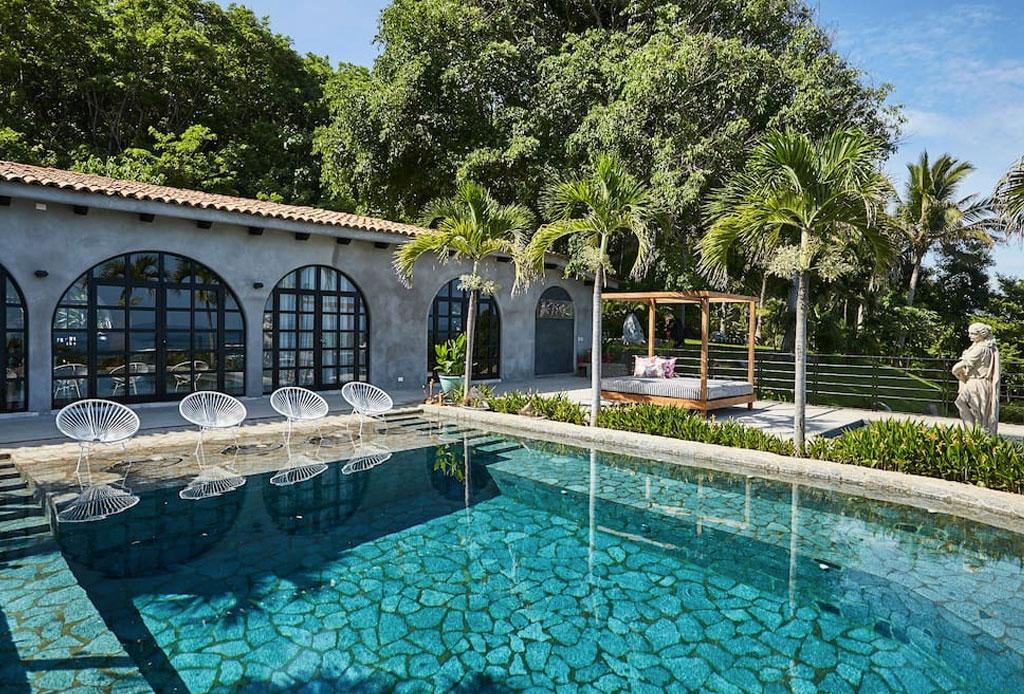 Descubre la increíble Villa de Betsey Johnson ¡en Zihuatanejo! - betsey-johnson-villa-airbnb-7