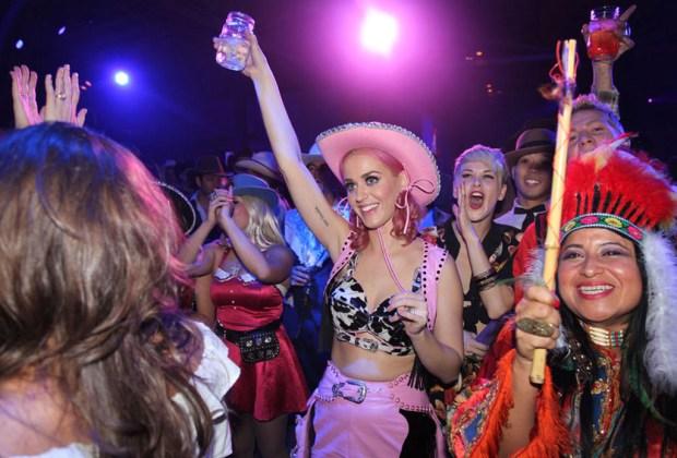 Las fiestas más extravagantes de las celebridades - portada-17-1024x694