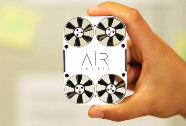 La funda de celular que también funciona como drone - airselfie-1024x694