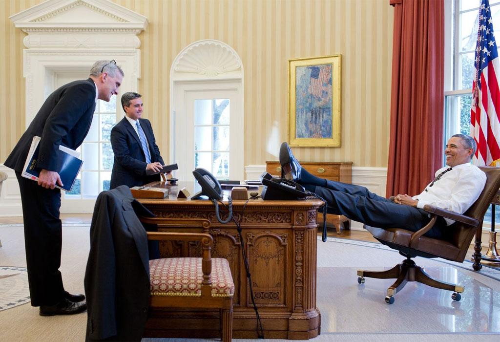 6 razones por las que amamos (y extrañamos) a Barack Obama - obama-escritorio