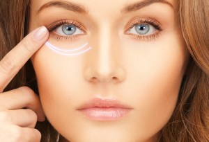 3 fáciles tips naturales para olvidarte de las ojeras y ojos hinchados