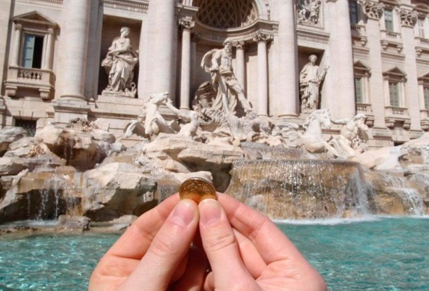 ¿Sabes qué le pasa a las monedas que lanzas a una fuente? - trevi-1024x694