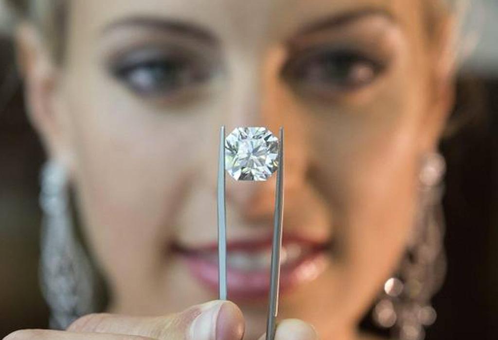 La fácil manera de reconocer un diamante de buena calidad - verdiamante