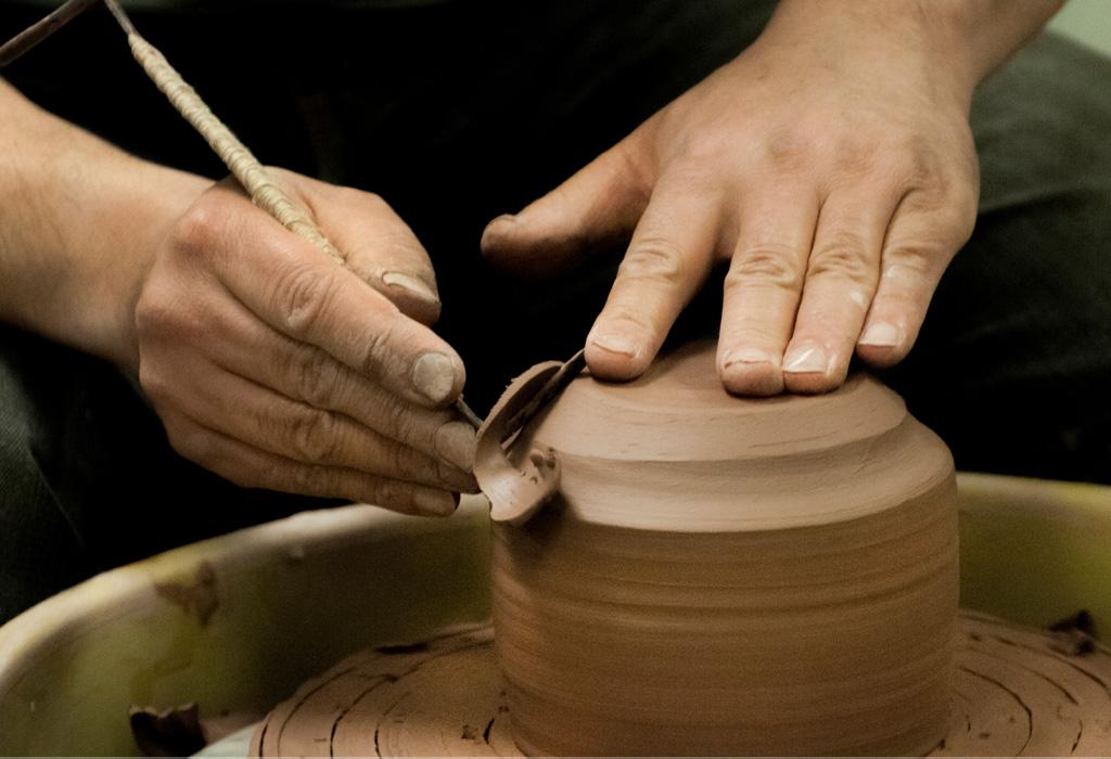 Hacer cerámica podría ayudarte a combatir la depresión - barro