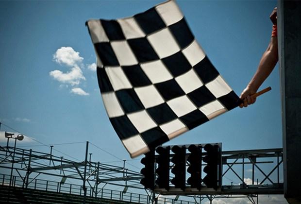 ¿Quieres ser un experto en la F1? Te decimos lo que significan las banderas que usan durante la carrera - cuadros-1024x694