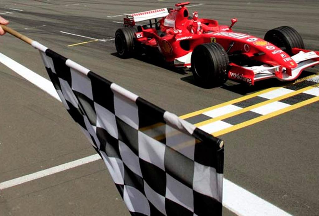 ¿Quieres ser un experto en la F1? Te decimos lo que significan las banderas que usan durante la carrera