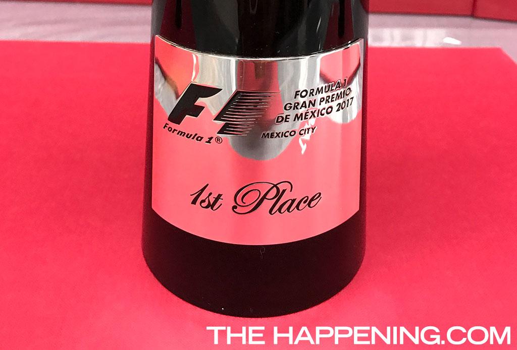 Estuvimos en los talleres de TANE para ver cómo hacían el trofeo de la F1 - tane-3