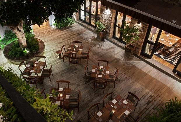 Restaurantes IMPERDIBLES en San Miguel de Allende para disfrutar de una noche de drinks - aperi-1024x694