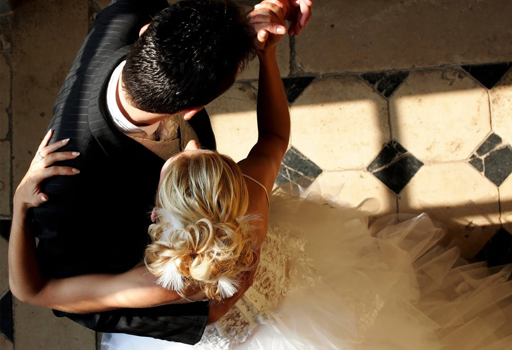 5 consejos para escoger la canción del primer baile como esposos