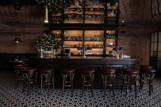 Restaurantes IMPERDIBLES en San Miguel de Allende para disfrutar de una noche de drinks - bovine-1024x680
