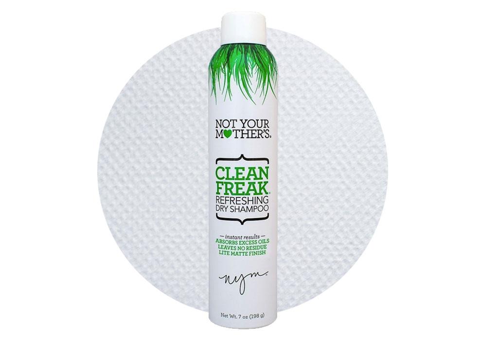 Los beauty hacks que te ayudarán a aprovechar el tiempo en el tráfico - hacks-de-belleza-dry-shampoo