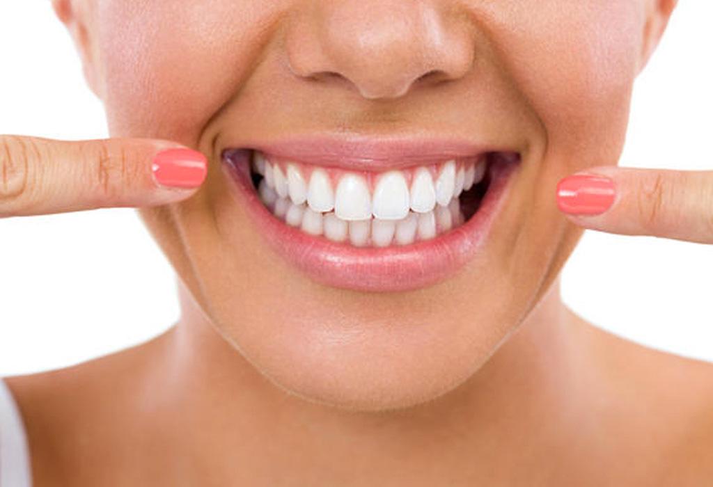 Antes de que te pongas carillas en los dientes debes saber esto