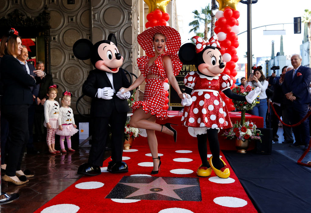 Personajes de Disney que tienen una estrella en el Paseo de la Fama - star6