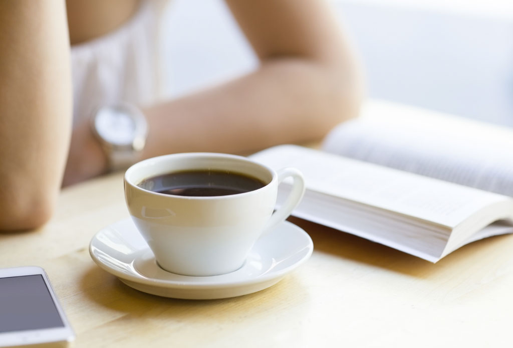 7 pasos para calmar una mente ansiosa - cafe-1024x694