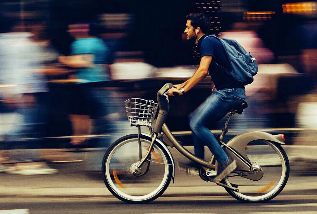 ¿Vas a tu trabajo en bicicleta? ¡Escucha esta playlist! - bici_1