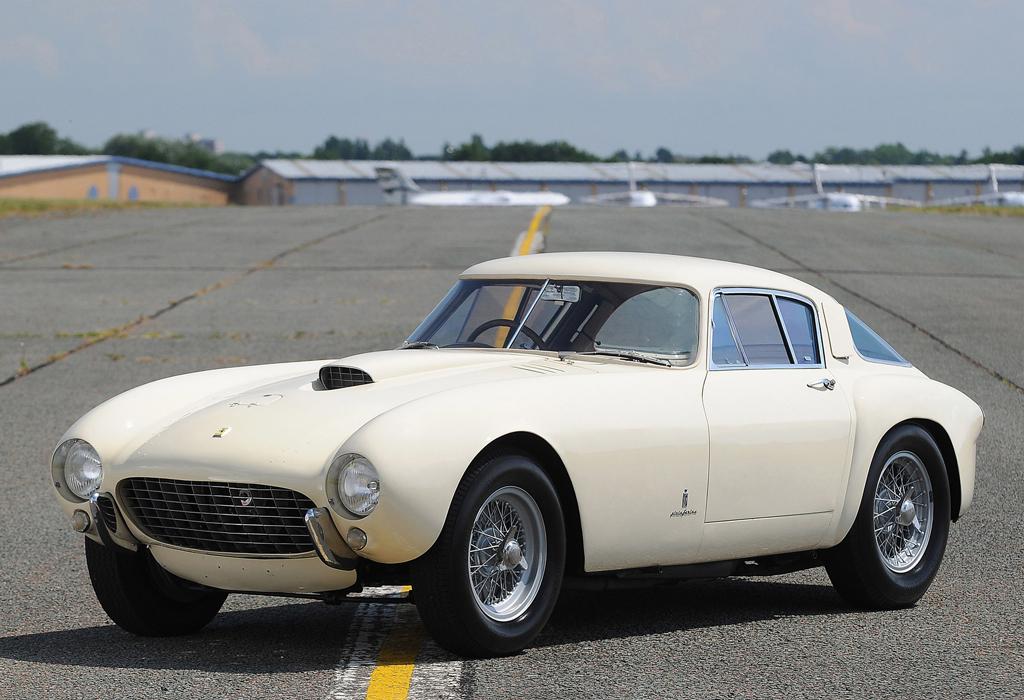 Los autos más caros en la historia de las películas - 1954-ferrari-375-mm-berlinetta-by-pinin-farinapeliculas