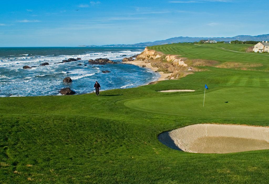 Destinos exclusivos en México para jugar golf en verano - loscabosgolf