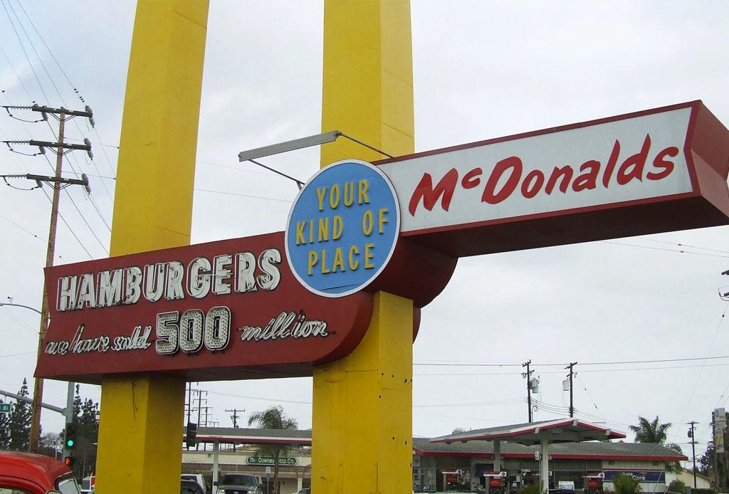 Visita el McDonald's más antiguo que aún continúa en servicio - mcdonalds-antiguo-3