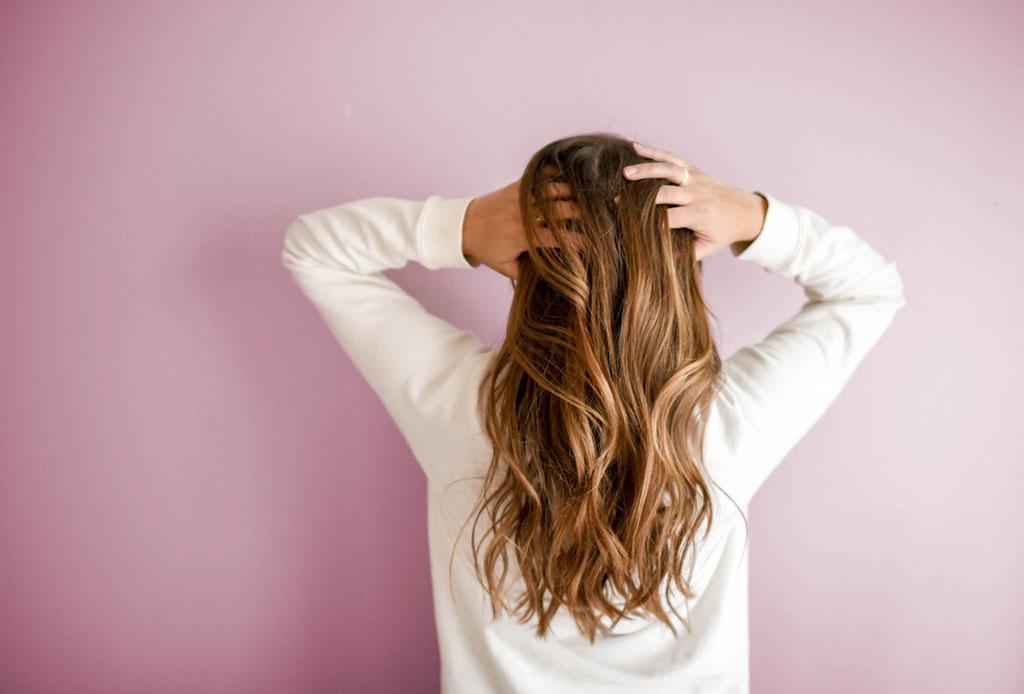 Estas son las posibles razones de la caída de tu pelo, ¿las conocías?