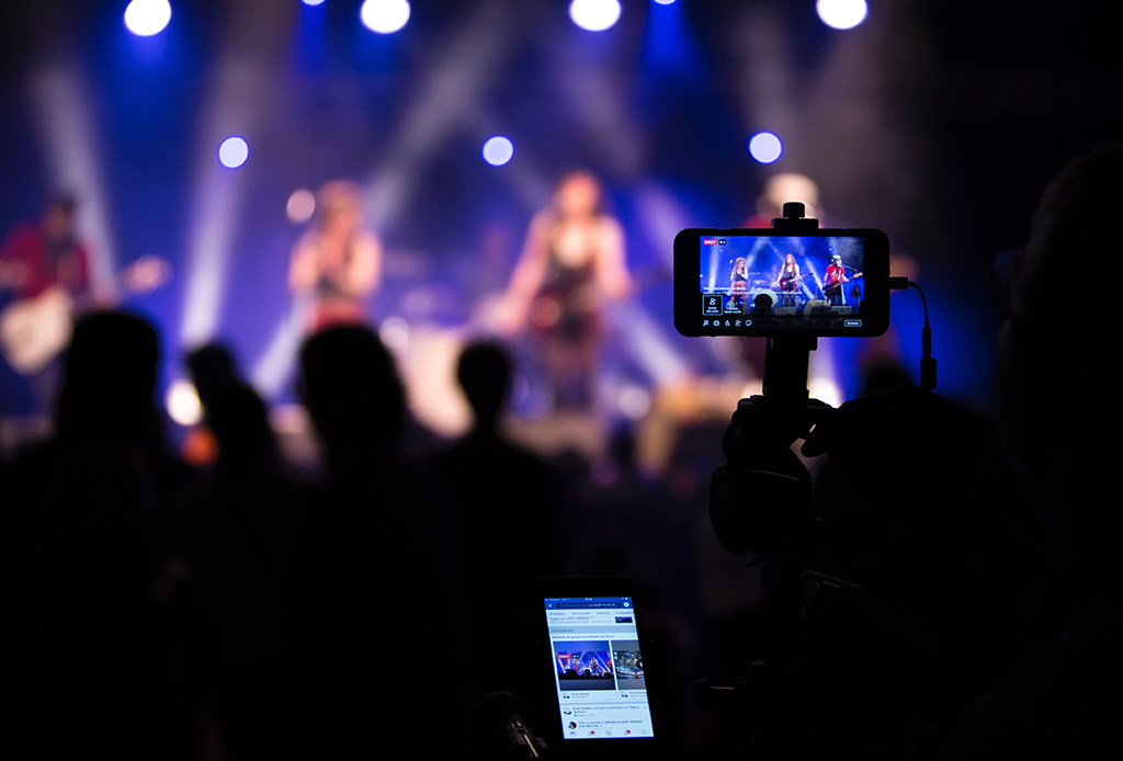 ¡Facebook ya no será tan estricto con los derechos de la música! - musica2
