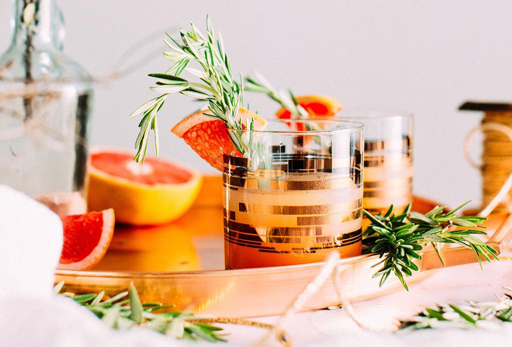 Las claves para disfrutar un par de drinks y mantenerte en forma - saludable2