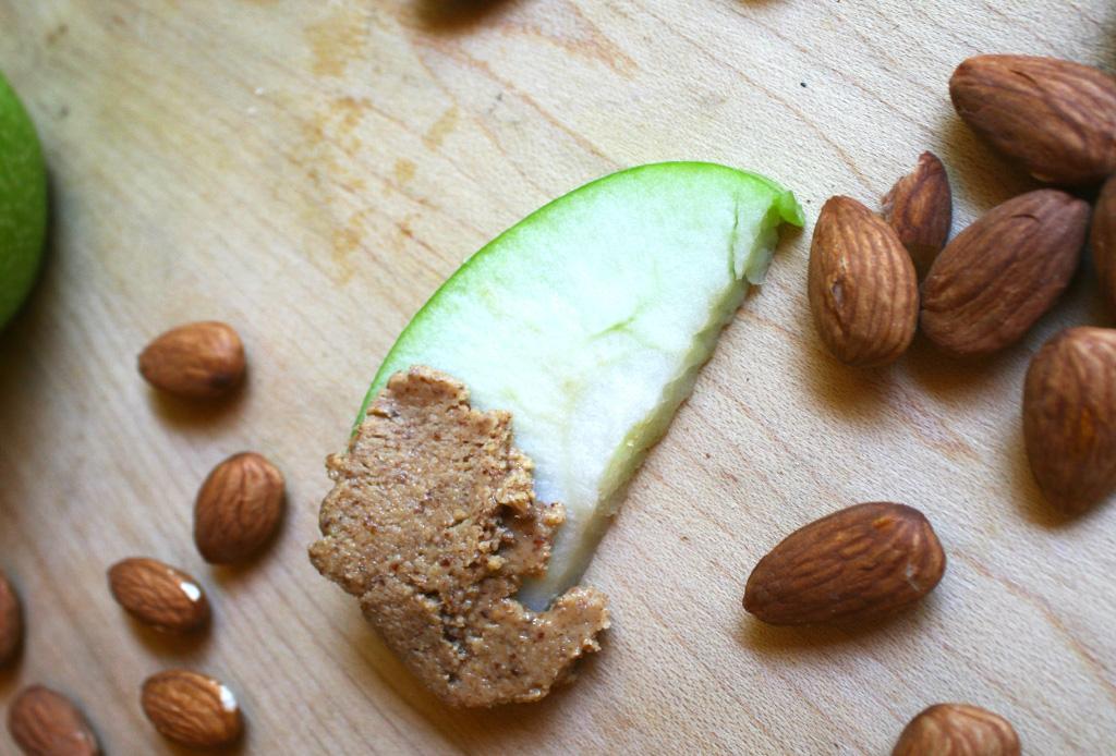 Deliciosas opciones de snacks saludables que no te harán sentir en una dieta - snacksaludables4