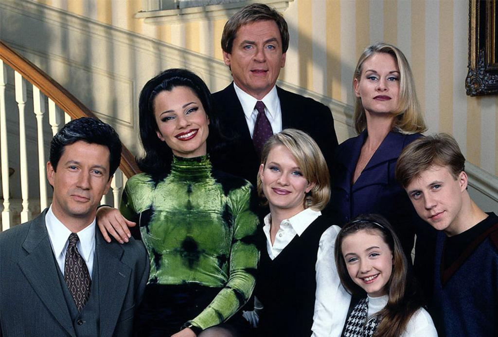 """Después de 20 años, la serie """"The Nanny"""" podría estar de regreso - thenanny2"""