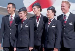 Uniformes de aerolíneas que han sido diseñados por personalidades de la moda