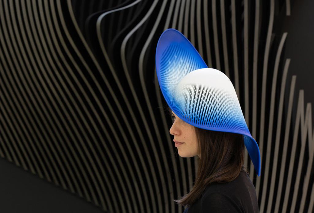 El sombrero en impresión 3D que dejó con la boca abierta a quienes lo vieron