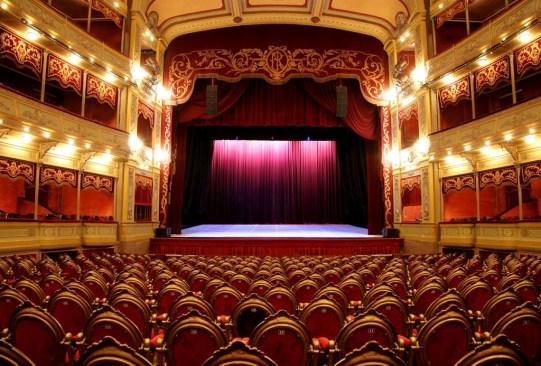 Estos son los teatros más bonitos de México ¿ya los conoces? - teatros-mas-bonitos-mexico-4-300x203