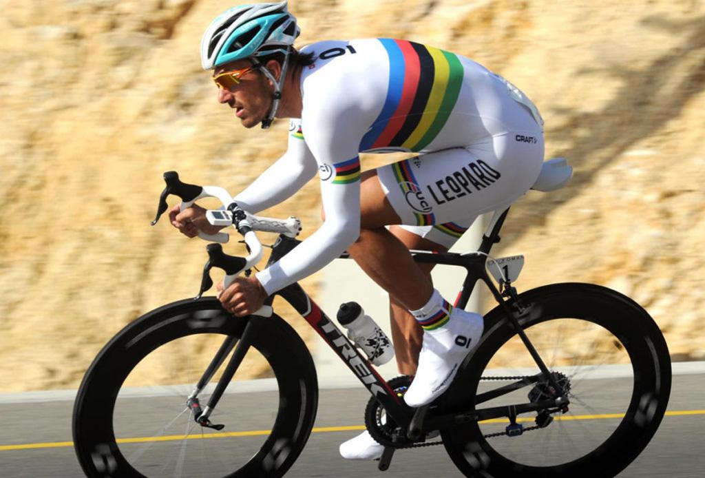 Estos ciclistas podrían competir contra un automóvil - tourdefrance8